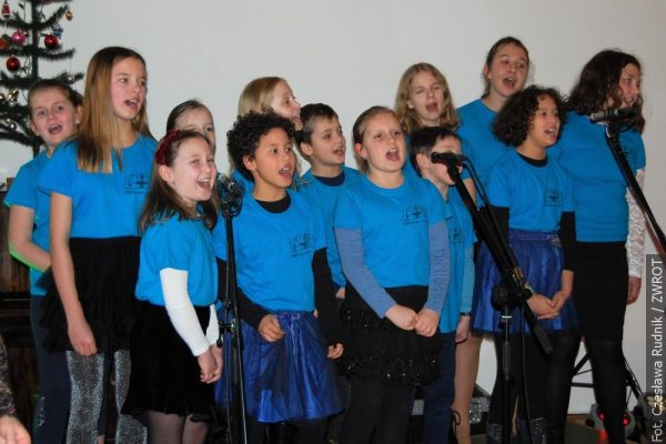 Karwińscy uczniowie zaśpiewali z Glayzami