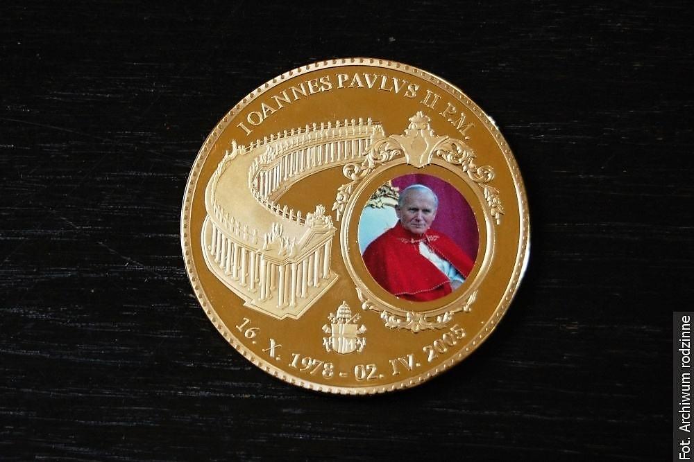 W Polsce rozpoczął się Rok Jana Pawła II, Bitwy Warszawskiej i Fizyki