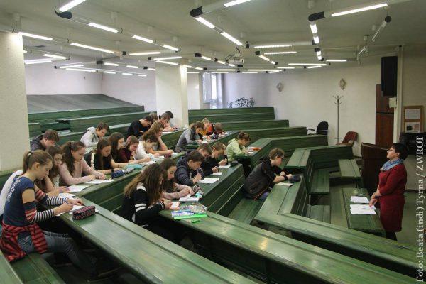 Dziewiątoklasiści przygotowują się do egzaminów