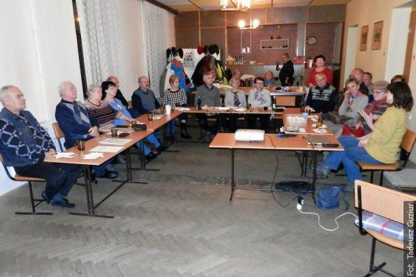 Z POCZTY REDAKCYJNEJ: Skrzeczońscy klubowicze dyskutowali z Otylią Tobołą