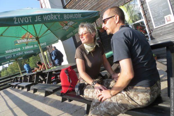 Czesi znacząco łagodzą obostrzenia. Na piwo do ogródka restauracji już 11 maja