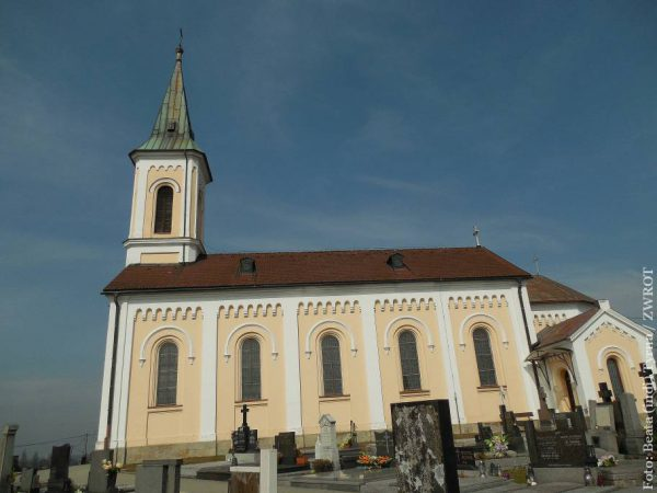 Spacery ze Zwrotem: Kościół św. Wawrzyńca w Cierlicku
