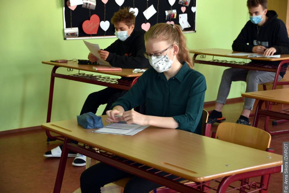 Dziewiątoklasiści z Bystrzycy przygotowują się do egzaminów