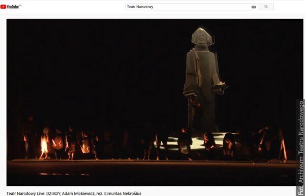 """Na pokaz online """"Dziadów"""" zaprasza Teatr Narodowy"""
