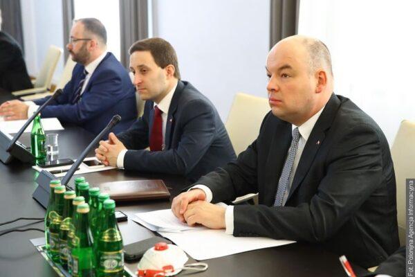 Jan Dziedziczak mówił o wspieraniu Polonii i Polaków za granicą