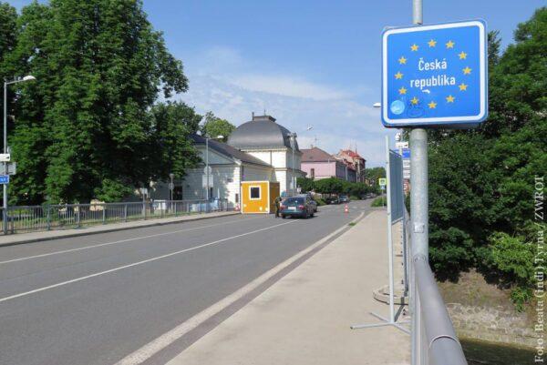Ambasada podała warunki przekraczania granicy.  Znaczne ograniczenia dla mieszkańców woj. śląskiego