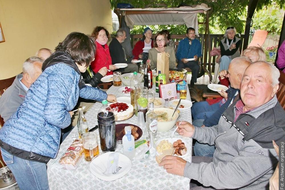 Smażenie jajecznicy w Klubie Polonus w Brnie