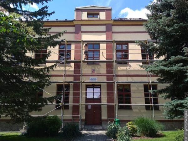 Od września dzieci w Wędryni będą się uczyły pod nowym dachem