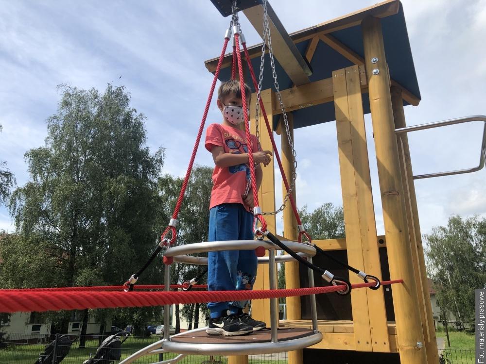Otwarto nowy plac zabaw w Stonawie