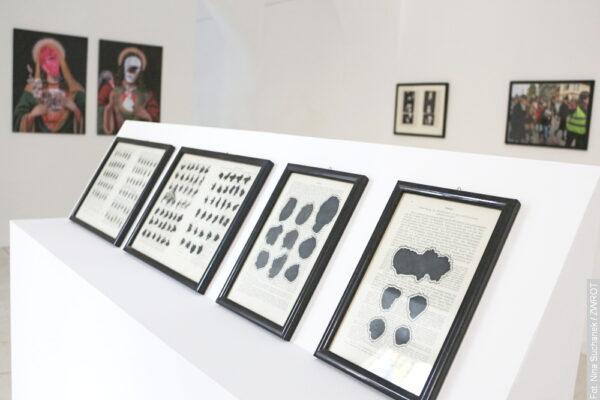 Prace Andrzeja Szewczyka na wystawie w Cieszynie