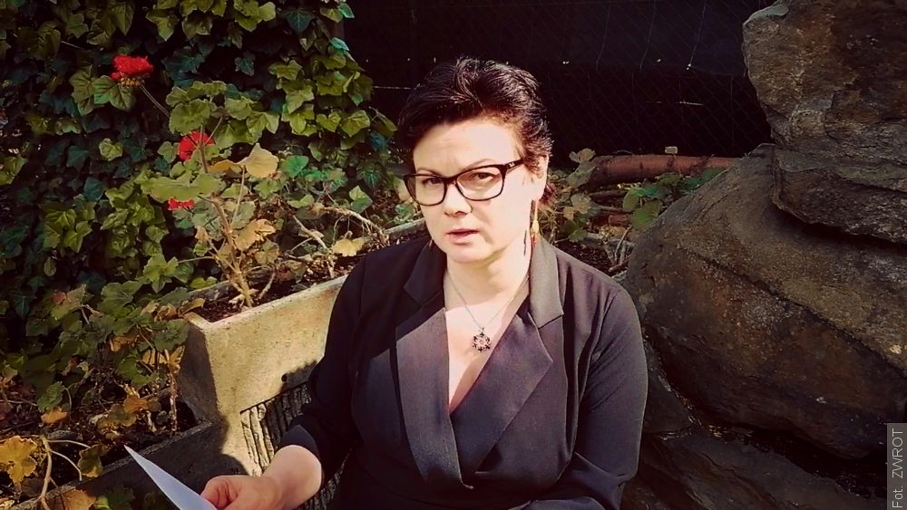 Wiersz Anieli Kupiec czyta Konsul Generalna RP Izabella Wołłejko-Chwastowicz
