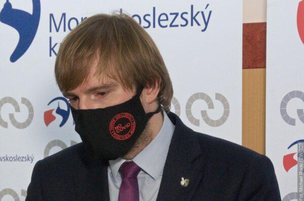 Minister zdrowia Adam Vojtěch podał się do dymisji. Reakcja premiera
