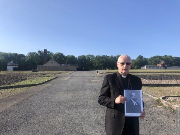 W Buchenwaldzie uczczono pamięć pastora Karola Kulisza