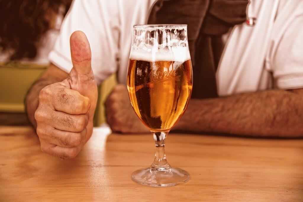 Czeskie piwo oraz polska wódka pod ochroną