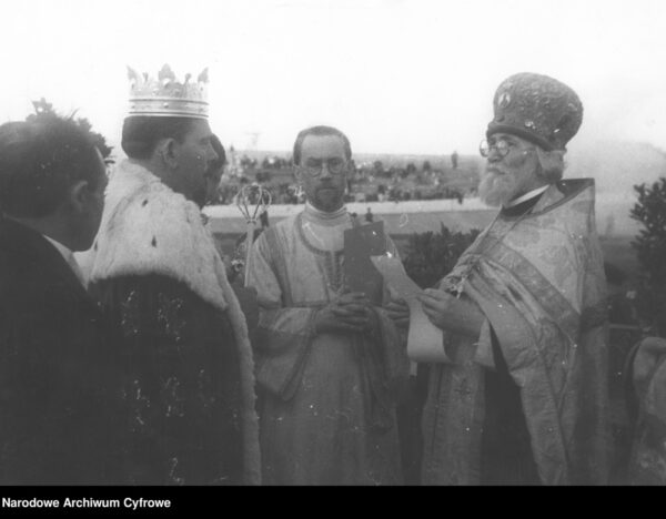 Wiadomości z przeszłości. Jak na stadionie w Warszawie koronowano króla polskich Cyganów