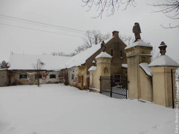 Pałac w Kocobędzu zostanie wykreślony z rejestru zabytków?