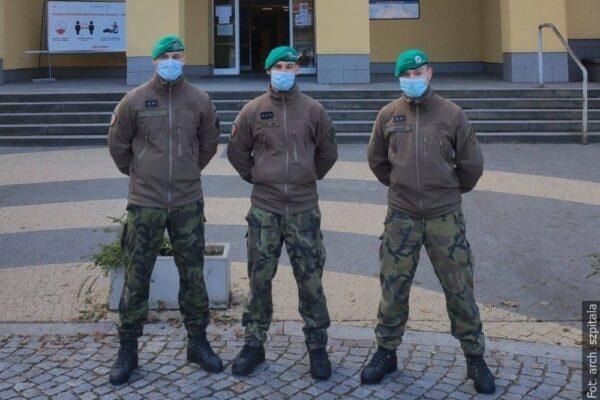 W trzynieckim szpitalu pomaga wojsko