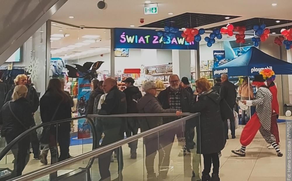 Jakie sklepy będą od jutra otwarte w Polsce?