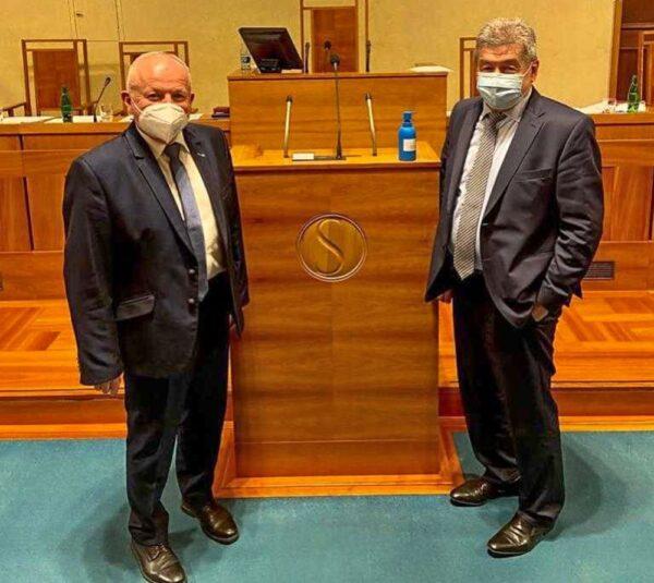 Od wczoraj mamy w czeskim senacie dwu senatorów Polaków