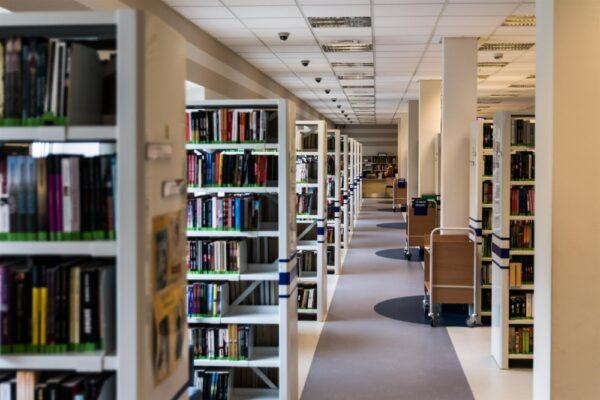 Biblioteki znowu otwarte!