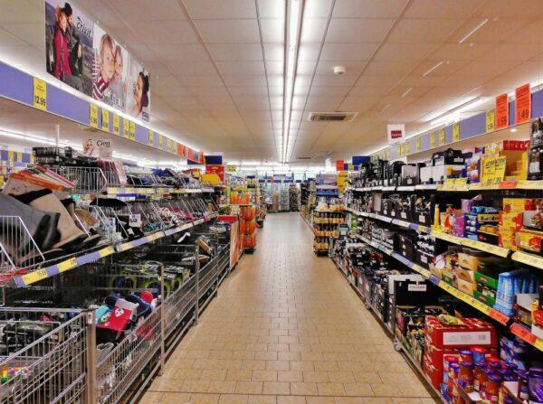 Dziś w Czechach święto państwowe. Czy sklepy są otwarte?