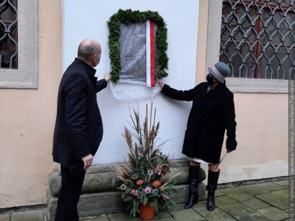Ojciec polskiej i czeskiej heraldyki ma tablicę pamiątkową w Kromierzyżu