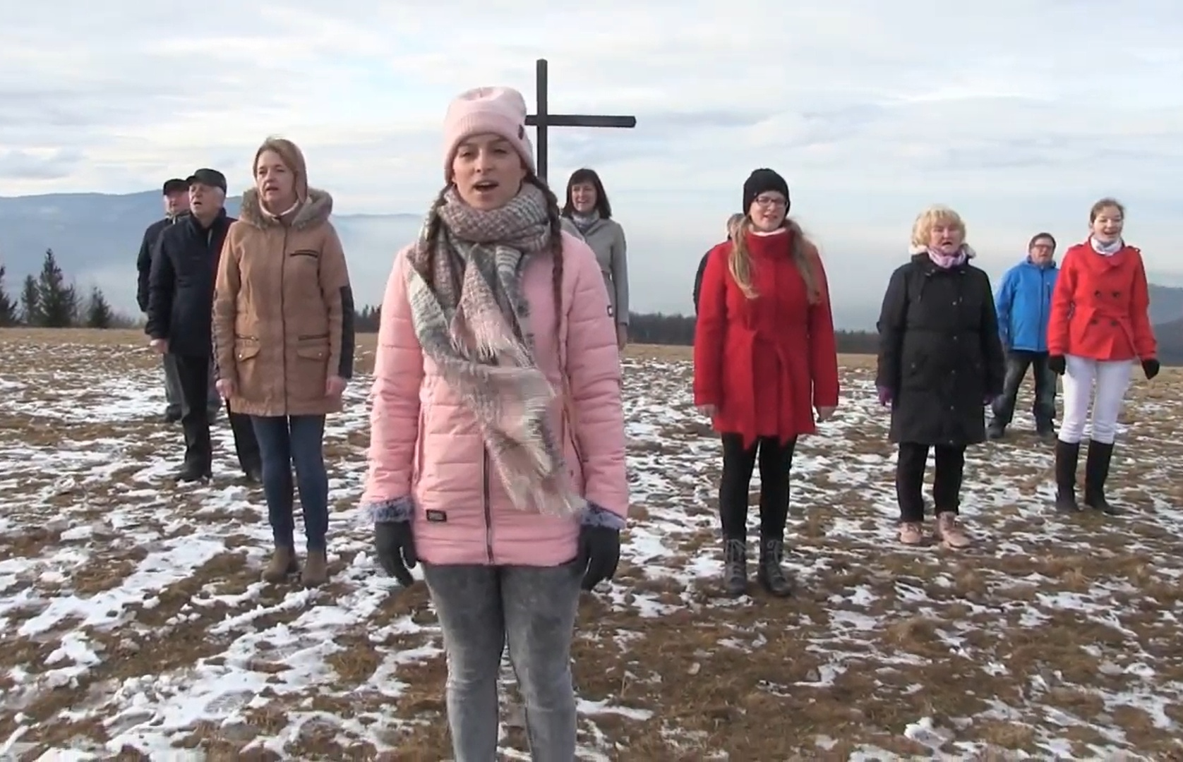 Zobaczcie klip do piosenki Białe Święta przygotowany przez chór ewangelicki z Nawsia