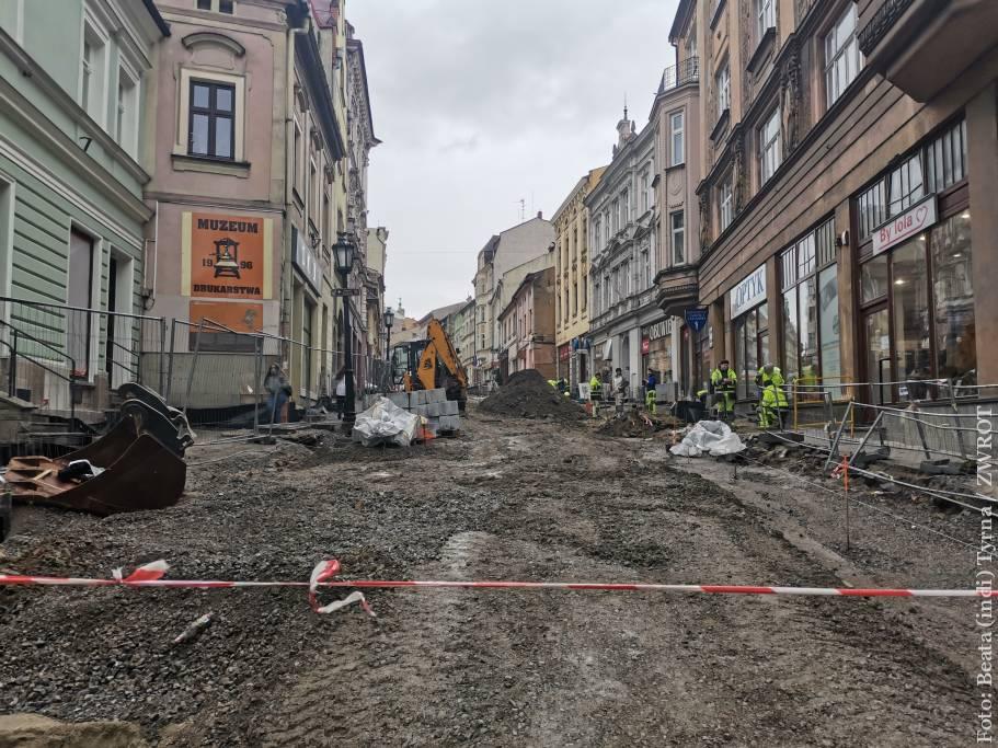 Kolejny etap remontu Głębokiej spowoduje zmiany w ruchu w centrum Cieszyna