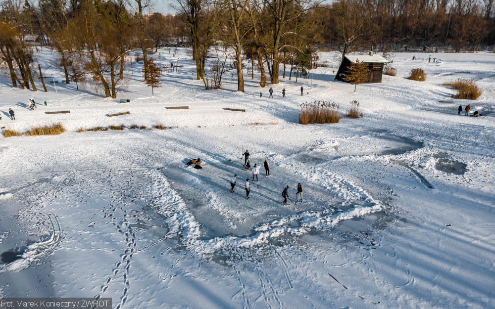 Zima na przystani w Karwinie