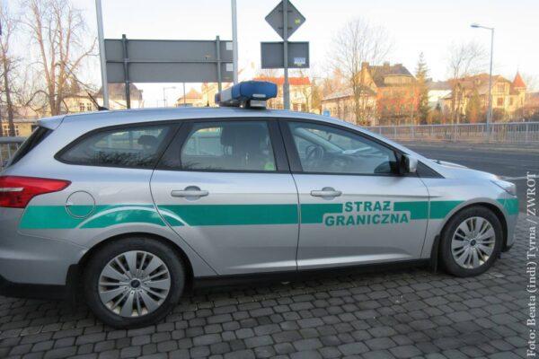 Śląski Oddział Straży Granicznej w kontrolach na granicy wspierają funkcjonariusze z innych regionów kraju