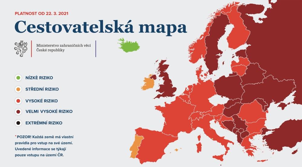 Od poniedziałku Polska krajem z bardzo wysokim ryzykiem zakażenia