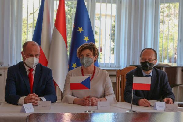 Posiedzenie wojewódzkiej rady ds. mniejszości w Konsulacie Generalnym RP w Ostrawie