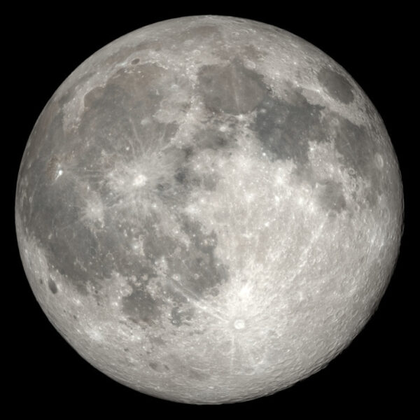 Nad ranem Księżyc osiągnął pełnię