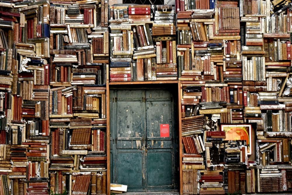 Drzwi bibliotek otwarte po 101 dniach