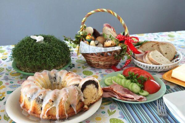 Wielkanocne pokarmy poświęcić można samemu, w domu