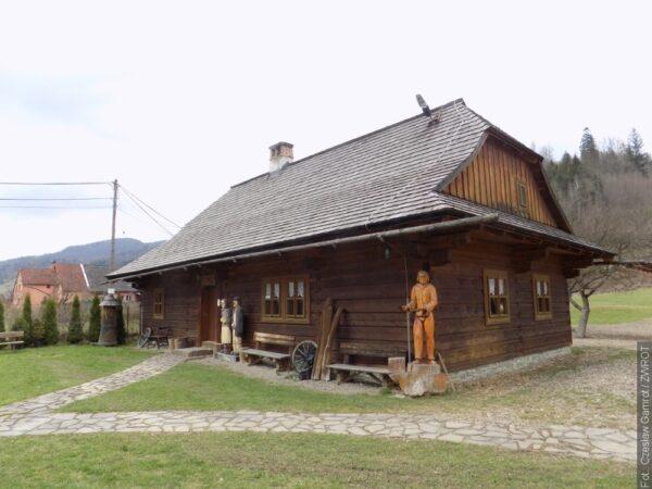Kiedy edukacja docierała do doliny Łomnej