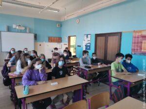Uczniowie drugiego stopnia szkół podstawowych wracają do ławek