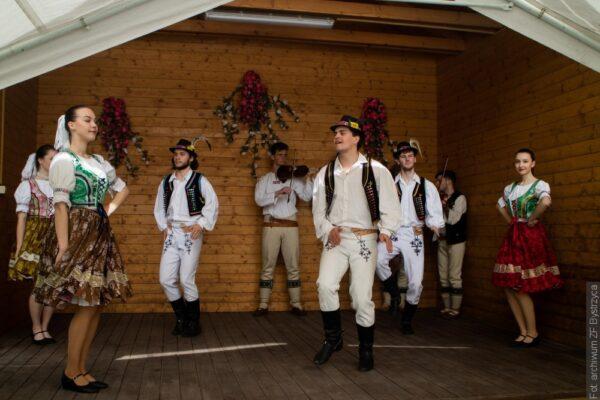Zespół Bystrzyca wystąpił na finisażu wystawy w muzeum