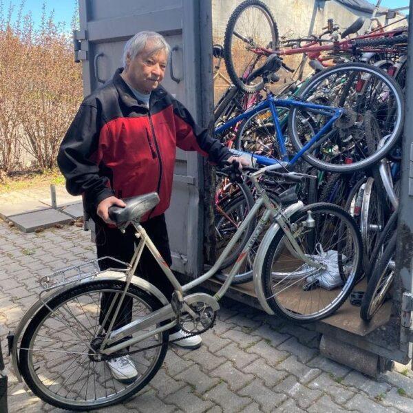 """Zakończył się projekt charytatywny """"Rowery dla Afryki"""". Zebrano trzysta jednośladów"""