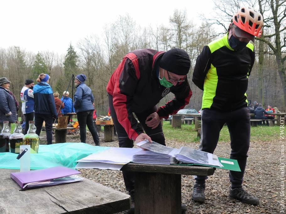Turyści z Klubu Rowerowego Ondraszek rozpoczęli sezon