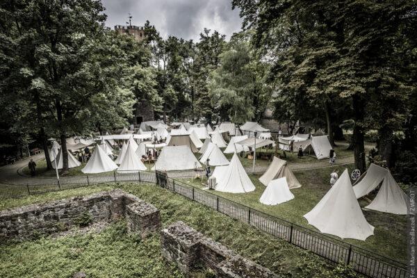 Wehikuł czasu na Wzgórzu Zamkowym czyli II Festiwal Historii Słowiańskiej Śląska Cieszyńskiego