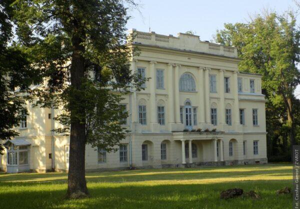Właściciele pałacu w Gnojniku przygotowują się do remontu