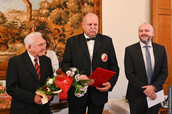 Karwina nagrodziła osobistości świata kultury. Wśród nagrodzonych są też Polacy [zdjęcia]