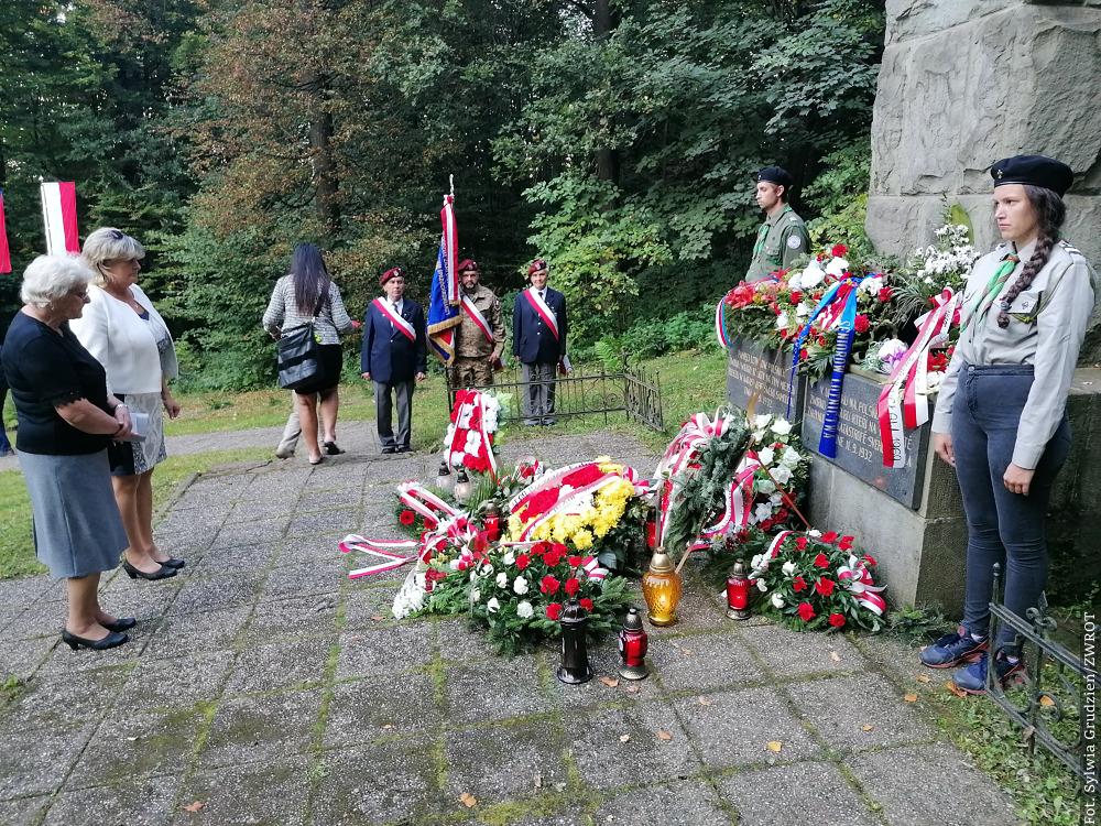 Pamięci lotników i Tadeusza Smugały. 89. rocznica katastrofy w Cierlicku