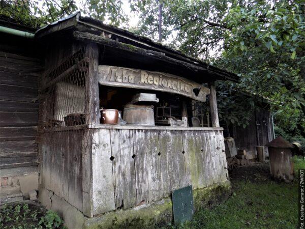 Dom po przodkach przeznaczyli na urządzenie izby regionalnej